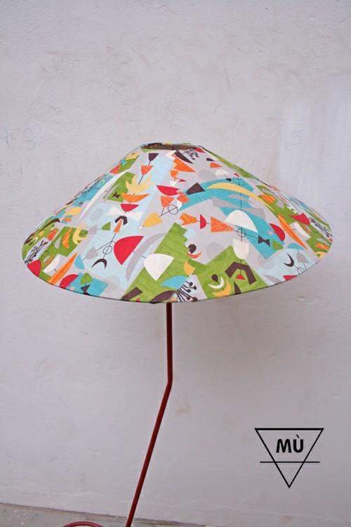 lámpara MÙ, 2